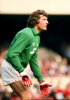 Pat Jennings. He finally figured out which was the right side of North London.