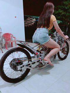 Racing Team, Drag Racing, Moto Car, Drag Bike, Car Car, Custom Bikes, Raiders, Cool Girl, Hot Girls
