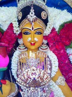 Sri Chakraraja Simmasaneswari