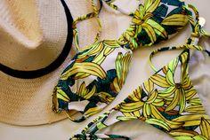banana bikini