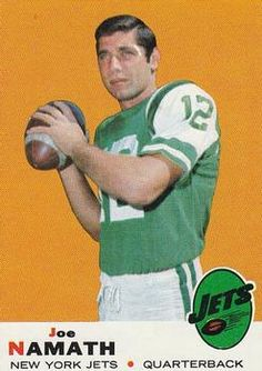 1969 Topps # 100 Joe Namath EX condition New York Jets Canadian Football, American Football League, National Football League, Nfl Football Players, Football Memes, School Football, Football Trading Cards, Football Cards, Joe Namath
