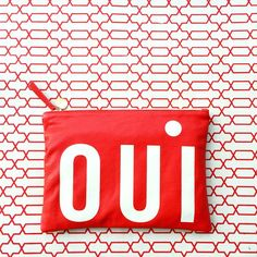 Oui, we want this Clare V clutch! #luckyshops