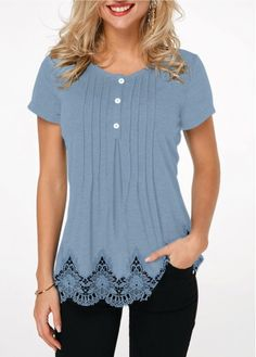 Crinkle Chest Scalloped Hem Lace Patchwork T Shirt - Women's Fashion Trends Stylish Tops For Girls, Trendy Tops For Women, Look Fashion, Trendy Fashion, Womens Fashion, Ladies Fashion, Ladies Dress Design, Casual Outfits, Tunic Tops