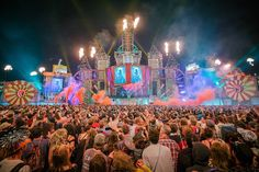 This picture is awesome!  #music #festival #edm #people #crowd #colours #colorful #fire #mainstage #dj #artist #concert #awesome #fun #night #bright #lights #huge #real #edmlifestyle #electronic #smoke