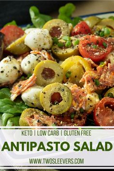 Love Caprese Salad but trying to cut carbs? My Antipasto Salad with Pesto Vinaigrette gives you all the flavors of Caprese without sacrificing your diet! Antipasto Salad with Pesto Vinaigrette Ensalada Caprese, Caprese Salat, Salad Recipes Low Carb, Keto Recipes, Healthy Recipes, Pesto Vinaigrette, Pesto Salad, Italian Antipasto, Menu Dieta