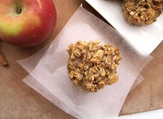apple cinnamon baked oatmeal cup from happy healthy mama