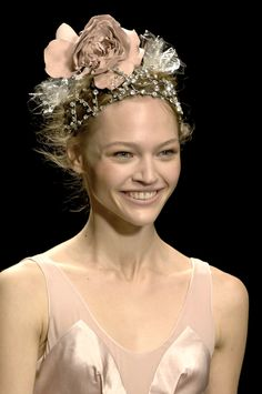 Sonia Rykiel Paris Spring 2007...and smiling no less!