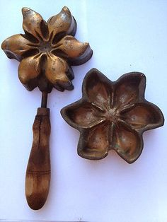 Vintage/Antique Millinery Flower Mold Tool Beautiful