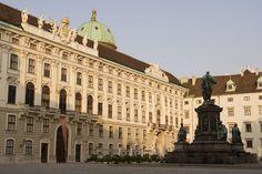 - http://www.schoenbrunn.at/en/besucherinfo/tickets-touren/sisi-ticket.html