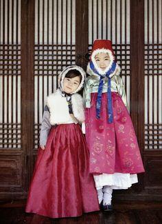 .children's hanbok   socks & shoes   www.hanboklynn.co.kr.