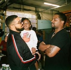 Drake x Chubbs ❤ Only Drake, Drake Rapper, Drake Wallpapers, Boujee Lifestyle, Drake Drizzy, Drake Graham, Aubrey Drake, Beckham Jr, Cute Baby Videos
