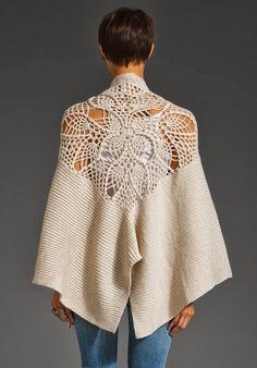 Acessórios em tricô e crochê feitos artesanalmente para completar o seu visual... chique e autêntico!
