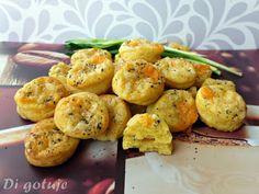 Di gotuje: Pogacze twarogowe z żółtym serem