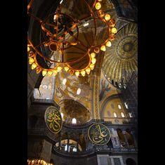 "Nahren Warda on Instagram: ""Aya Sofia 🦋  #turkey #istanbul #turkeytravel #istanbulturkey #istanbultravel #istanbullovers #travel #travelforlife #traveling #history…"" Istanbul, Tower, Photography, Instagram, Rook, Photograph, Computer Case, Fotografie, Photoshoot"