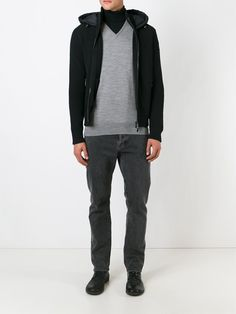 #moncler #jacket #sweater #padded #men #fashion #sport www.jofre.eu