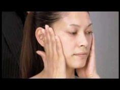 Masaje facial contra la flacidez: Un tutorial de Yukuko Tanaka | myneceser