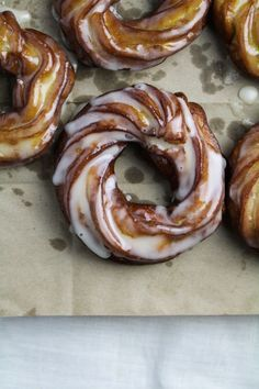 arabic dessert recipes, ricotta recipes dessert, traditional mexican dessert recipes - Apple Cider French Crullers {Katie at the Kitchen Door} Donut Recipes, Apple Recipes, Sweet Recipes, Cooking Recipes, Just Desserts, Delicious Desserts, Yummy Food, Tasty, Breakfast Recipes