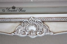 The Decorated House: ~ Antiqued Old White Chalk Paint With Paris Gray Accents. Annie Sloan Chalk Paint