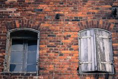 windows by Karol Mielewski on 500px