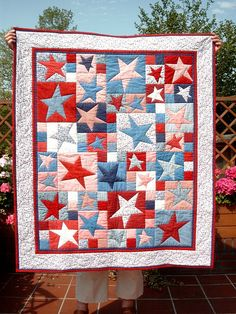 Star quilt - this just looks so patriotic!