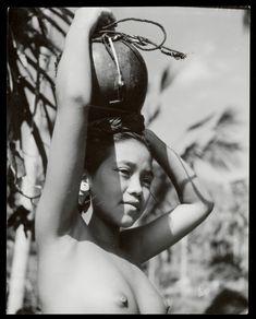 Gadis Bali Tahun 1910