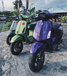 ABUIJOUNGU. Vespa 300, New Vespa, Vespa Sprint, Scooter Design, Motorcycle Wallpaper, Pocket Bike, Vespa Scooters, Vintage Bikes, Cars And Motorcycles