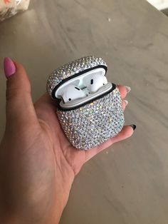 Luxurious Bling Diamonds Decorative Case for Apple AirPods Accessories Wireless Bluetooth Earphone Protective Cover Bag Shell Best AirPod 2 3 case cover protection for your earphones. Beautiful aesthetic iPhone accessories designs to decorate Iphone 5c, Iphone Cases, Apple Iphone, Iphone Ringtone, Buy Iphone, Fone Apple, Cheap Iphones, Accessoires Iphone, Earphone Case