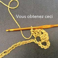 Attention à bien planter le crochet Easy Crochet Hat, Diy Crochet, Crochet Bikini, Crochet Purses, Crochet Scarves, Crocheted Scarf, Spring Scarves, Crochet For Beginners, Free Pattern