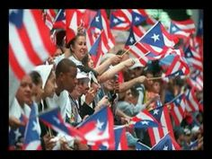 LOVE: The Puerto Rican Flag On the Statue Of Liberty   THINGS LATINOS LOVE OR HATE