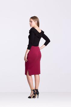 Spódnica z rozporkiem -bordowa - Ynlow-Designed - Spódnice ołówkowe Skirts, Etsy, Style, Fashion, Swag, Moda, Fashion Styles, Skirt