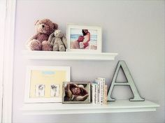 cute shelf and frame idea for nusery