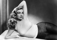 Anita Ekberg: The silver screen sex symbol in 10 vintage photos Old Hollywood Style, Old Hollywood Glamour, Golden Age Of Hollywood, Vintage Hollywood, Hollywood Stars, Swedish Actresses, Classic Actresses, Hollywood Actresses, Beautiful Actresses