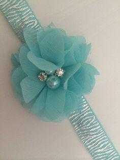 www.facebook.com/hairaccessoires haarband, armband, speldjes, babysandaaltjes. Op maat en naar keuze gemaakt.