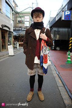 120204-5363: Japanese street fashion in Harajuku, Tokyo (H eitf, CA4LA, GAP, Kinsella, ZARA, Cosmic Jive, UNIQLO, RAMA)