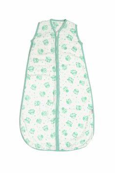 Unser Musselin Schlafsack für Jungs und Mädchen ist aus weißer 100%iger Baumwolle und mit Eulen bedruckt und farblich passendem Saum eingefasst. Die Schlafsäcke sind vorgewaschen, wodurch sie besonders weich und einlaufbeständig sind. Schlummersack Musselin Babyschlafsäcke gibt es in 4 Größen