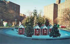 Parkchester Oval at Christmas