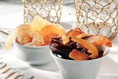 Γλασαρισμένα μπαστουνάκια πορτοκαλιού Greek Sweets, Sweet Recipes, Cantaloupe, Sugar, Candy, Cookies, Chocolate, Baking, Fruit