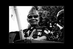 """Veteran"" semngaaaattttt ki ah...hahaha #karnavalpesonaparahyangan #karnavalkemerdekaan #pesonaparahyangan #pesonaindonesia #pesonanusantara #photography #blackandwhite #fotografer #bandungfoto #bandungphoto #bandungphotographer"