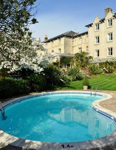 The Royal, Ventnor, Isle of Wight. Hotel. Bed and Breakfast. Restaurant. Swimming Pool. Holiday. Travel. Breakfast. Break.