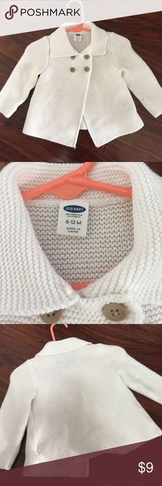 🦄 Off white baby girl cardigan 🦄 Cute baby girl cardigan from Old Navy. 4 button front, long sleeve. Size 6-12 mos. Worn once before outgrown Old Navy Shirts & Tops Sweaters