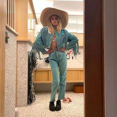 "Cara Delevingne on Instagram: ""yeehaw 🤠"" Chunky Black Shoes, Harry Styles, British Fashion Awards, English Fashion, Instagram Snap, Fringe Jacket, Cara Delevingne, British Style, Female Models"