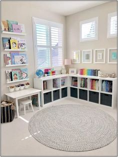 ideas for kids room organization toys reading corners - Kids playroom ideas Playroom Design, Playroom Decor, Kids Room Design, Playroom Paint Colors, Kids Rooms Decor, Colorful Playroom, Decorating Kids Rooms, Girl Room Decor, Playroom Layout