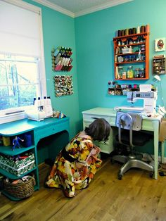 Sewing room idea that might work for the space I have...