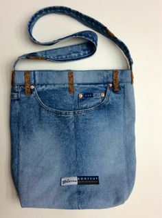 The other side of the denim bag.