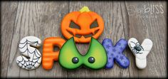 Pin for Later: halloween food cookies. Spooky We will making this cute Halloween set at ourOctober class taught at Orson Gygi. Thanksgiving Cookies, Fall Cookies, Iced Cookies, Cute Cookies, Royal Icing Cookies, Holiday Cookies, Cupcake Cookies, Cupcakes, Apple Cookies