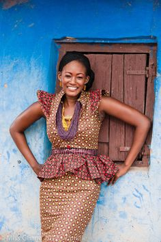 West African fashion style. ~African Prints, African women dresses, African fashion styles, African clothing, Nigerian style, Ghanaian fashion