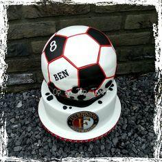 Feyenoord Soccer Cake (Feyenoord voetbal taart)