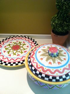 Painted a lazy susan like my MacKenzie Childs casserole dish - fun!