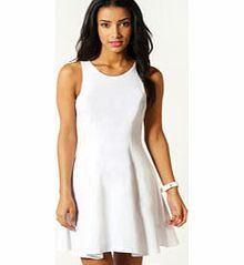 boohoo Sara Seam Detail Skater Dress - white azz49473 Opt for a feminine style this season with boohoo's wide selection of day dresses. With prints ranging from Aztec and geometric, to animal and floral, you'll be sure to channel the latest SS13 trends!  http://www.comparestoreprices.co.uk/dresses/boohoo-sara-seam-detail-skater-dress--white-azz49473.asp