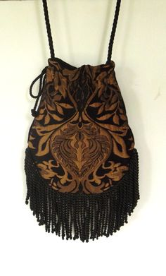 Fringed Tapestry Gypsy Bag Black and Gold Cross por piperscrossing